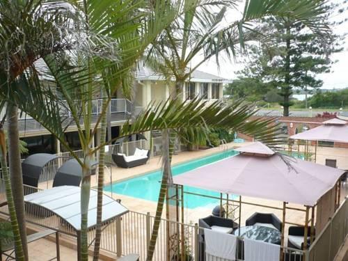 Blue Pacific Swansea Hotel Blacksmiths Little Pelican Compare Deals