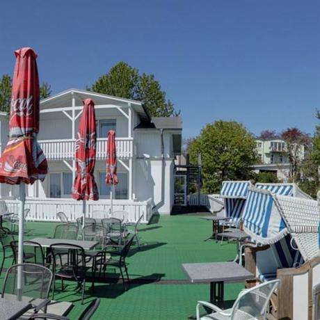 Hotel Berliner Bar In Gohren