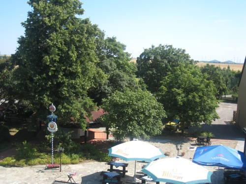 Hotel Schone Aussicht Leissling Compare Deals