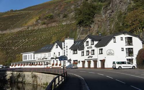 Land-gut-Hotel Hotel & Restaurant Zum Sanger