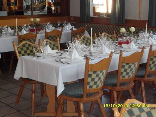 Gasthof Hotel Post Laichingen Compare Deals
