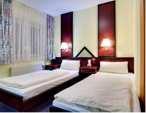 CASILINO Hotel Rostocker Tor