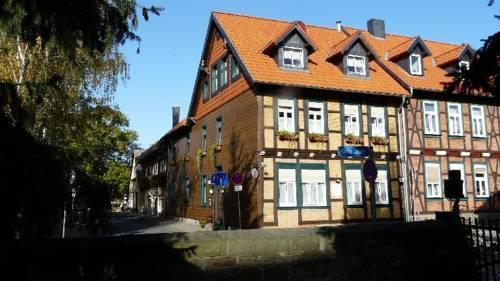 Altstadt pension wernigerode compare deals for Pension wernigerode