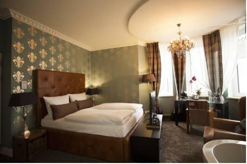 Boutique hotel boardinghouse georges essen vergelijk for George boutique hotel