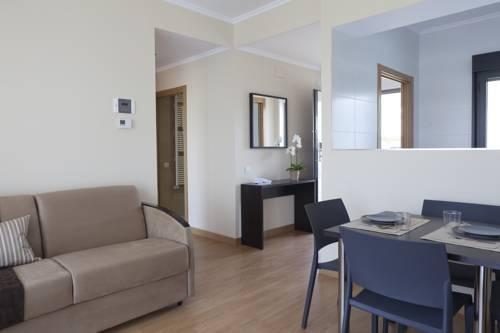 Aparthotel Jardines de Aristi Vitoria-Gasteiz Апарзотел Джардинес Де Аристи Витория