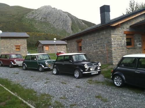 Casa de montana alto curueno valdelugueros compare deals - Casas de montana ...