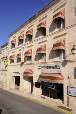 Hotel de l 39 ecu jonzac compare deals for Hotels jonzac