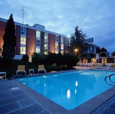 Hotel Altia Neuville En Ferrain France