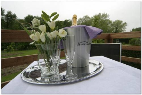relais du silence les jardins d 39 ulysse cucq compare deals. Black Bedroom Furniture Sets. Home Design Ideas