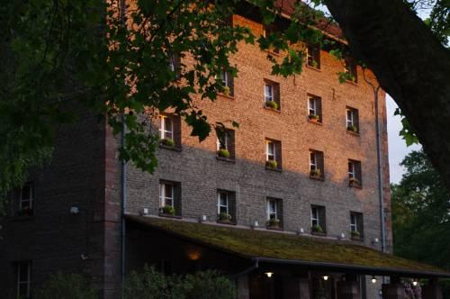 Hotel le moulin de la wantzenau compare deals for Le moulin wantzenau