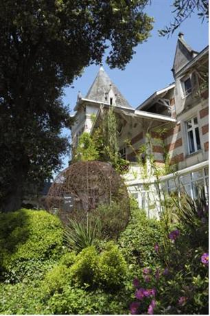 Hotel L\'Yeuse - Chateaux et Hotels Collection, Chateaubernard ...