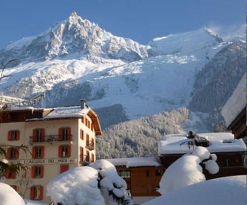 Hotel aiguille du midi chamonix mont blanc compare deals for Hotels chamonix