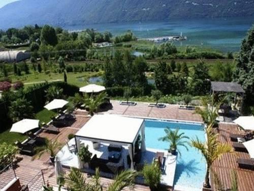 Les Suites du Lac, Aix-les-Bains - Compare Deals
