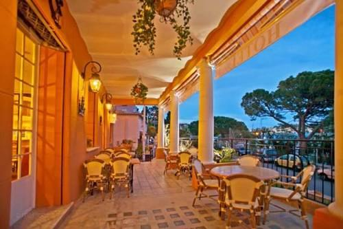 hotel darse villefranche sur mer compare deals. Black Bedroom Furniture Sets. Home Design Ideas