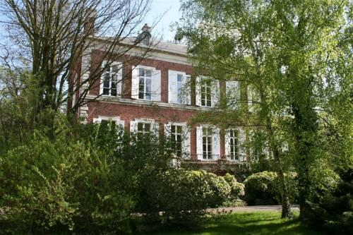le chateau de philiomel lillers compare deals. Black Bedroom Furniture Sets. Home Design Ideas