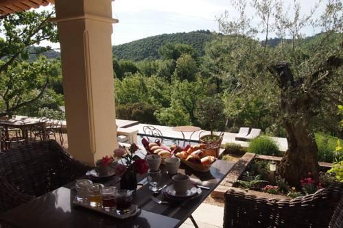 La maison des collines allemagne en provence compare deals - Maison close en allemagne ...