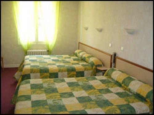 le faubourg figeac comparez les offres. Black Bedroom Furniture Sets. Home Design Ideas