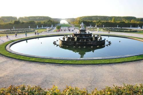 L 39 escapade versaillaise versailles compare deals for Escapade yvelines
