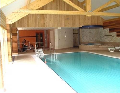 Le Bois Dormant Champagnole Compare Deals # Hotel Le Bois Dormant