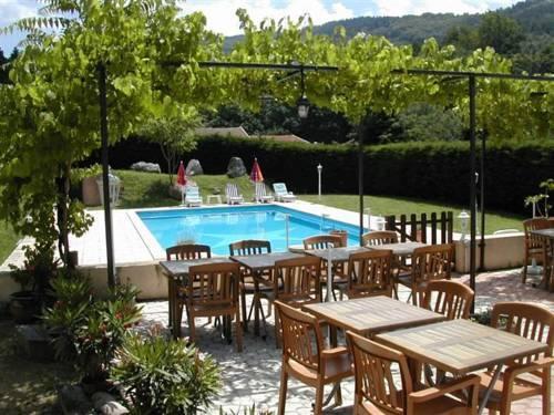 Hotel Restaurant Le Crestet
