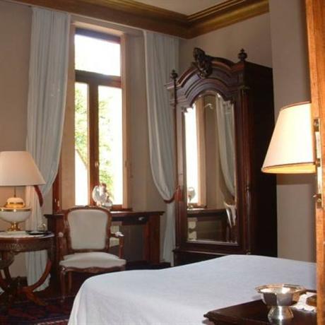 Le manoir de la haute chambre montcavrel compare deals for Chambre haute