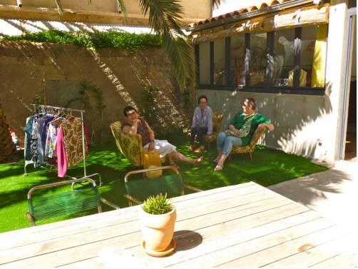 Les cagettes en ville perpignan compare deals for Les espaces verts en ville