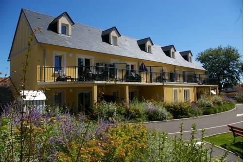 residence le bois flotte merville franceville plage compare deals. Black Bedroom Furniture Sets. Home Design Ideas