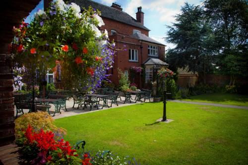 The Manor Guest House Cheadle