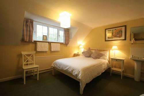 Hotels Near Fontwell