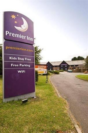 Premier Inn Farnborough West - Southwood