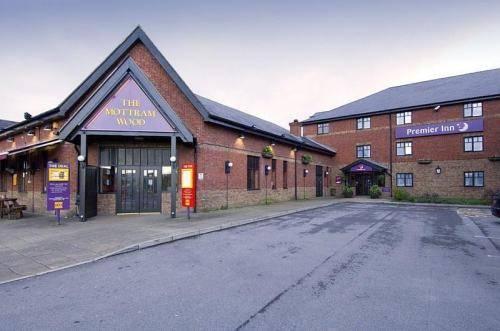 Premier Inn Manchester Tameside Hyde Hotel