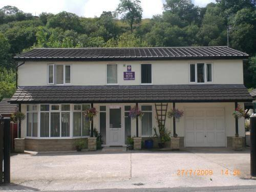 Number 678 Guest House Rossendale