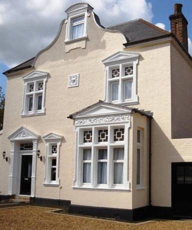 Villiers Lodge