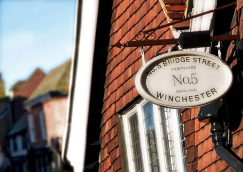 No 5 Bridge Street