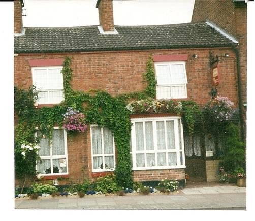 Compton House Ashbourne