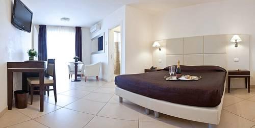 Baños Turcos Roma Horario:Exclusive Hotel Carrara: encuentra el mejor precio