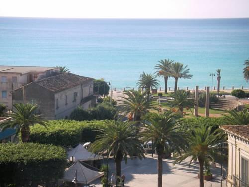 Hotel Mediterraneo Roccella Ionica