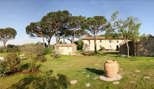 Borgo casalvento larciano comparez les offres for Cantagrillo piscine