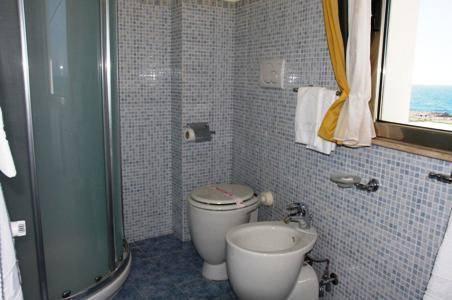 Hotel piccadilly nardo compare deals - Hotel piccadilly santa maria al bagno ...
