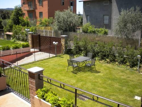 garden arezzo. Black Bedroom Furniture Sets. Home Design Ideas