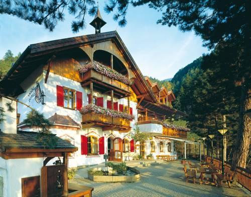 waldheim belvedere hotel bressanone brixen compare deals