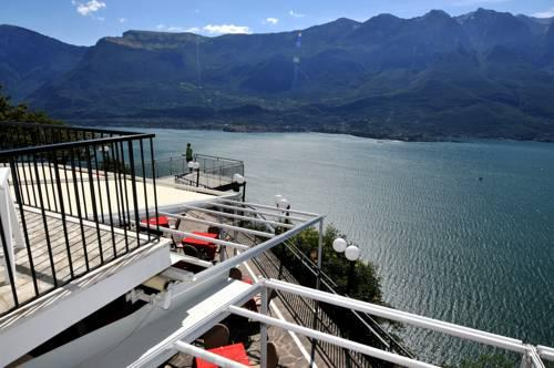 Hotel Paradiso Tremosine - Compare Deals