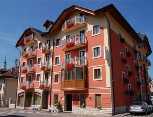 Hotel milano asiago offerte in corso for Hotel a asiago