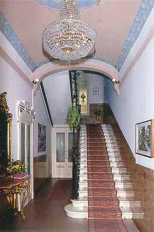 Hotel Villa Marie, Tremezzo - Compare Deals