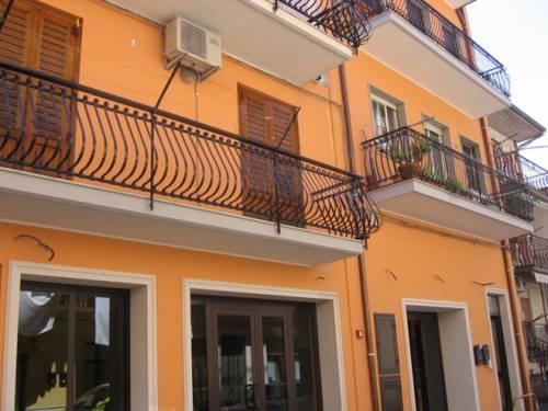 B&b ines giardini naxos compare deals