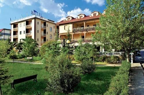 Hotel Ristorante la Siesta Pietrapaola