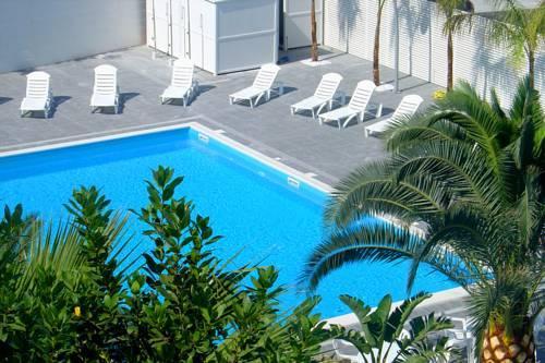 Hotel La Terrazza Barletta - Compare Deals