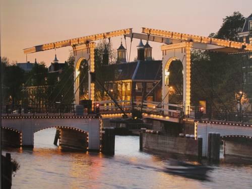The bridge hotel amsterdam compare deals for Design bridge amsterdam