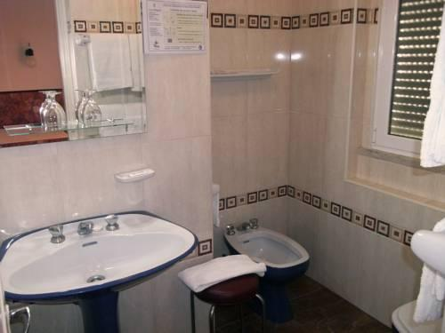 vila franca de xira chat rooms I have rooms available in vila franca de xira all rooms have a bed, wardrobe, dresser, coffee table and chair.