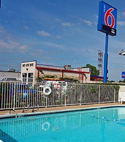 Motel 6 North Fort Worth